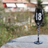 Copa de champagne color negro de 18 años