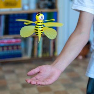 Dron abeja voladora