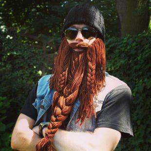 Gorro con barba trenzada Barbarian Roadie