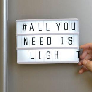 Caja magnética con luz para mensajes personalizados