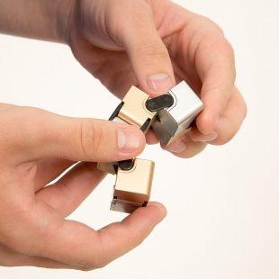 Cubo infinito antiestrés