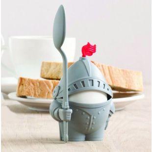 Huevera Caballero Arthur, con cuchara